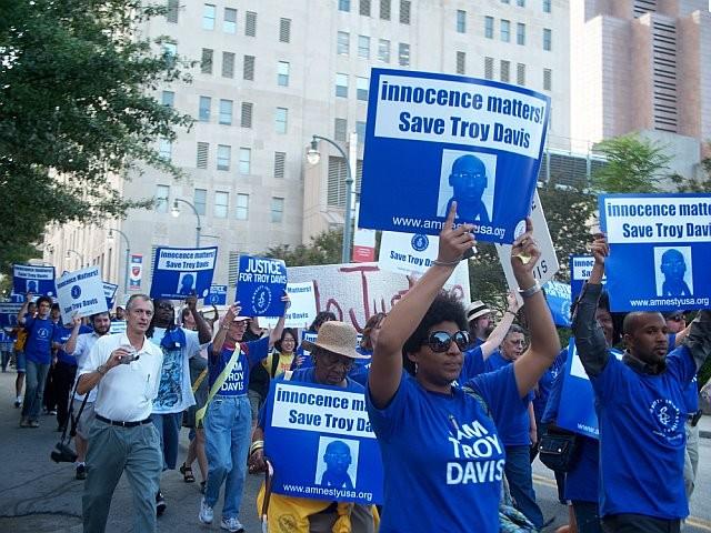 Troy_davis_protest