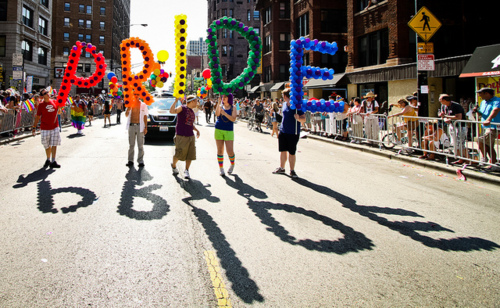 Chicago_gay_pride_parade_001