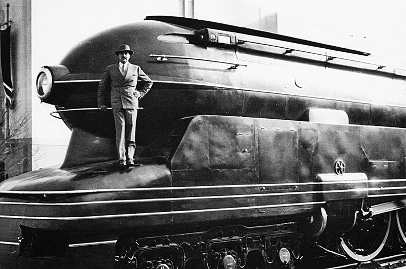 Locomotive_001